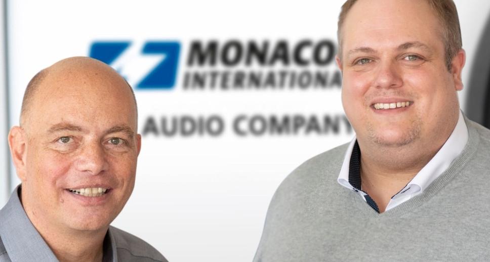 Thomas Mikus und Tim Struckmann (Foto: Monacor International)
